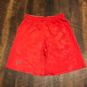 Under Armour Men's Red Exercise Shorts Large